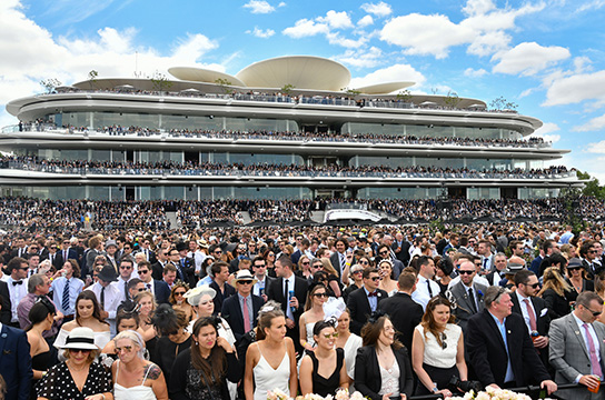 MELBOURNE, AUSTRALIA - NOVEMBER 03:  General view of crowds during Derby Day at Flemington Racecourse on November 3, 2018 in Melbourne, Australia.  (Photo by Vince Caligiuri/Getty Images)